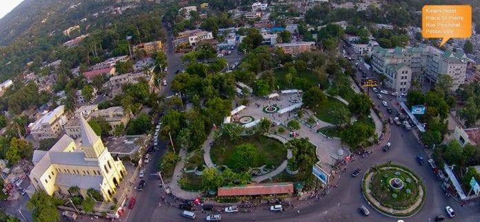 Place Saint-Pierre, Pétion-Ville, Haiti